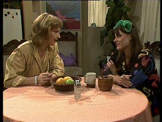 Andrea Townsend, Zoe Davis in Neighbours Episode 0285