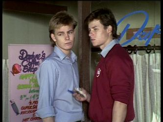 Scott Robinson, Mike Young in Neighbours Episode 0286