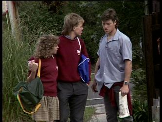 Charlene Mitchell, Scott Robinson, Mike Young in Neighbours Episode 0286