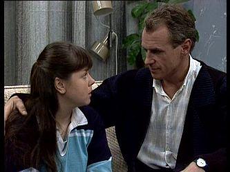 Nikki Dennison, Jim Robinson in Neighbours Episode 0287