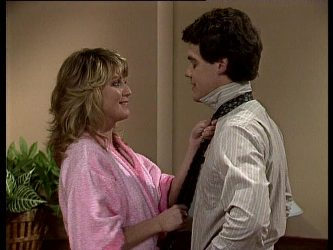 Debra Fleming, Paul Robinson in Neighbours Episode 0287