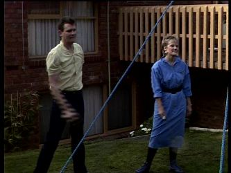 Des Clarke, Daphne Clarke in Neighbours Episode 0288