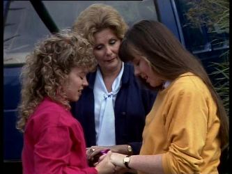 Charlene Mitchell, Madge Bishop, Nikki Dennison in Neighbours Episode 0289