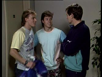 Scott Robinson, Mike Young, Coach in Neighbours Episode 0289