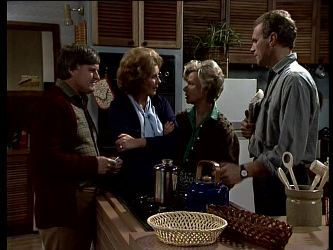 Tom Ramsay, Madge Mitchell, Helen Daniels, Jim Robinson in Neighbours Episode 0290