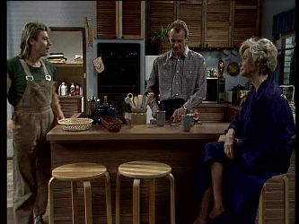 Shane Ramsay, Jim Robinson, Helen Daniels in Neighbours Episode 0290