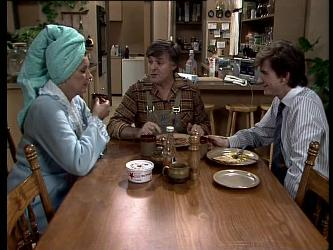 Madge Mitchell, Tom Ramsay, Danny Ramsay in Neighbours Episode 0290