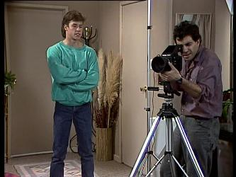 Mike Young, Roger Yates in Neighbours Episode 0290