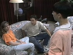 Lee Maloney, Matt Robinson, Hilary Robinson in Neighbours Episode 1135