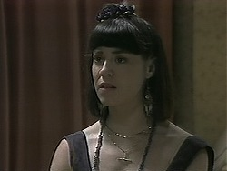 Kerry Bishop in Neighbours Episode 1136