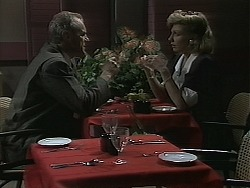 Jim Robinson, Beverly Marshall in Neighbours Episode 1136