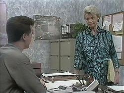 Paul Robinson, Helen Daniels in Neighbours Episode 1137