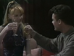 Melanie Pearson, Paul Robinson in Neighbours Episode 1137