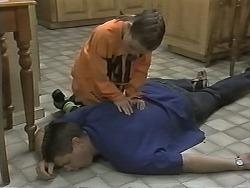 Joe Mangel, Lochy McLachlan in Neighbours Episode 1148