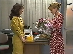 Caroline Alessi, Melanie Pearson in Neighbours Episode 1149