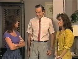 Christina Alessi, Gerald, Caroline Alessi in Neighbours Episode 1149