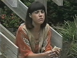 Kerry Bishop in Neighbours Episode 1149