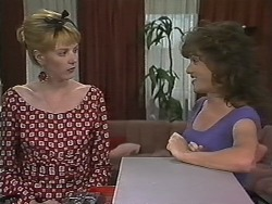 Melanie Pearson, Christina Alessi in Neighbours Episode 1150