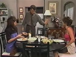 Caroline Alessi, Paul Robinson, Christina Alessi in Neighbours Episode 1150