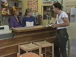 Gloria Lewis, Lee Maloney, Matt Robinson in Neighbours Episode 1152