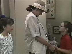 Natasha Kovac, Dorothy Burke, Lochy McLachlan in Neighbours Episode 1154