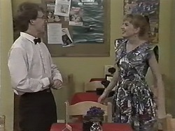 Kelvin Stubbs, Melanie Pearson in Neighbours Episode 1155