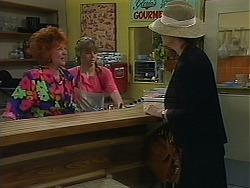 Gloria Lewis, Lee Maloney, Dorothy Burke in Neighbours Episode 1156