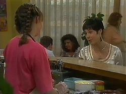 Lee Maloney, Kerry Bishop in Neighbours Episode 1156