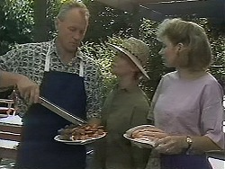 Jim Robinson, Helen Daniels, Beverly Marshall in Neighbours Episode 1157