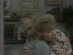 Jim Robinson, Beverly Marshall in Neighbours Episode 1161