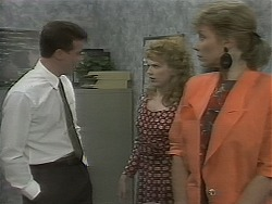Paul Robinson, Melanie Pearson, Beverly Marshall in Neighbours Episode 1161
