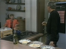 Beverly Marshall, Jim Robinson in Neighbours Episode 1161