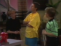 Melanie Pearson, Joe Mangel, Kelvin Stubbs in Neighbours Episode 1163