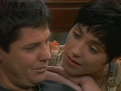 Joe Mangel, Kerry Bishop in Neighbours Episode 1163