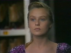 Melissa Jarrett in Neighbours Episode 1163