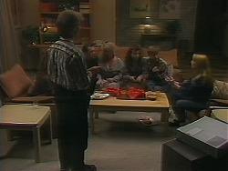 Kelvin Stubbs, Matt Robinson, Sharon Davies, Tanya Walsh, Ryan McLachlan, Melanie Pearson in Neighbours Episode 1164