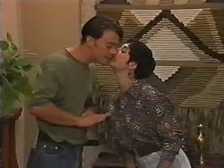 Matt Robinson, Kerry Bishop in Neighbours Episode 1165