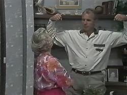 Helen Daniels, Jim Robinson in Neighbours Episode 1166