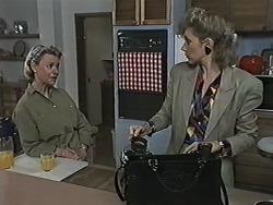 Helen Daniels, Beverly Robinson in Neighbours Episode 1168