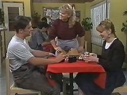 Matt Robinson, Sharon Davies, Melanie Pearson in Neighbours Episode 1170