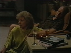 Beverly Robinson, Jim Robinson in Neighbours Episode 1173