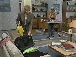 Beverly Robinson, Helen Daniels in Neighbours Episode 1174