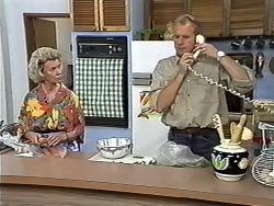 Helen Daniels, Jim Robinson in Neighbours Episode 1174