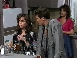 Caroline Alessi, Paul Robinson, Christina Alessi in Neighbours Episode 1176