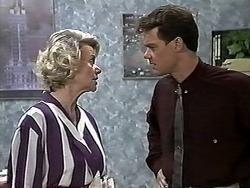 Helen Daniels, Paul Robinson in Neighbours Episode 1177