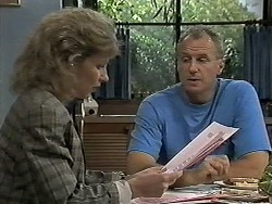 Beverly Marshall, Jim Robinson in Neighbours Episode 1178