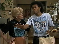 Madge Bishop, Eddie Buckingham in Neighbours Episode 1179