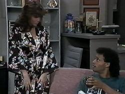 Caroline Alessi, Eddie Buckingham in Neighbours Episode 1179