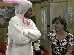 Eddie Buckingham, Caroline Alessi in Neighbours Episode 1180