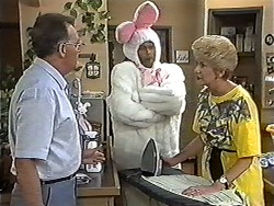 Harold Bishop, Eddie Buckingham, Madge Bishop in Neighbours Episode 1181